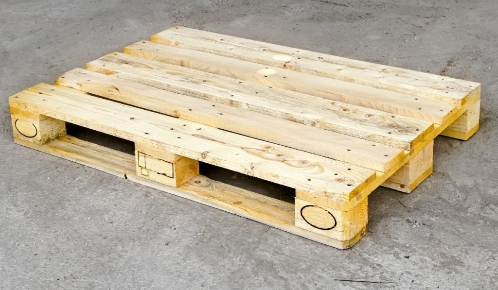 wooden pallets that can be used in the storage facility